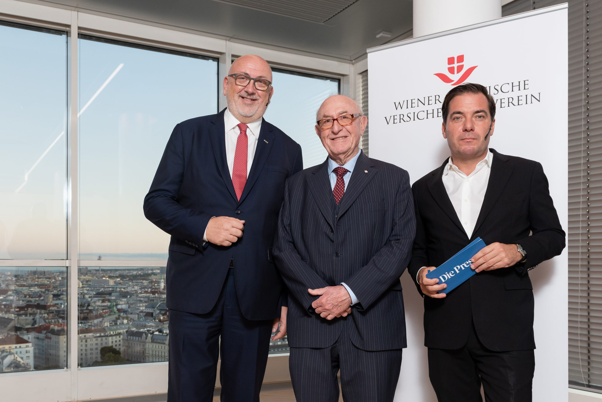 On the picture from left: ÖBB CEO Andreas Matthä, Chairman of the Managing Board of Wiener Städtische Versicherungsverein Günter Geyer &